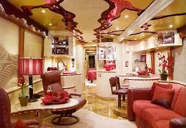 من الذي يحب اللون الاحمر !!!!!!!!!!! images?q=tbn:ANd9GcS