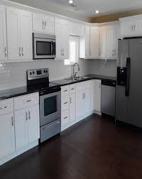 Kitchen Cabinets White Shaker White Shaker Cabinets Kitchen Has White Shaker Cabinets On The