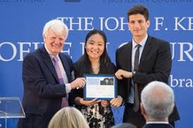 Carleton University     s Bachelor of Humanities is Canada     s premier program in the Great Books  Humanities students read the most influential books and study