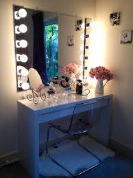 Vanity Bedroom Makeup Makeup Vanity Bedroom Makeup Vanity With Lighted Mirrorcorner