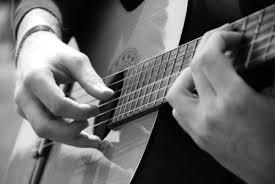 Cái hay của cách chơi guitar classic Images?q=tbn:ANd9GcSONfF5yCU2eKzcF8DKGQ-ayHcNbj-xFVSdz9zbvx_Q6VNIa7wiuw