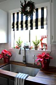 Kitchen Drapery Ideas Best 25 Kitchen Window Curtains Ideas On Pinterest Farmhouse