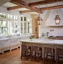 Small White Kitchen Design Ideas by Best 20 Farmhouse Kitchens Ideas On Pinterest White Farmhouse