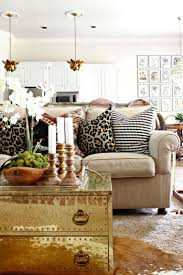 Brown And Yellow Living Room by Best 25 Decorative Couch Pillows Ideas On Pinterest Couch