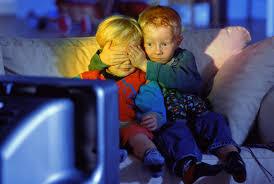 Смотреть телевизор в темноте - вредно! Images?q=tbn:ANd9GcSPlXjOzFshduH8O0Tr7fTZZa0XOeX35S0c-0oL9gJDgirKIKtoHg
