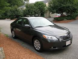 2010 toyota camry le xle hybrid be the first to know autos