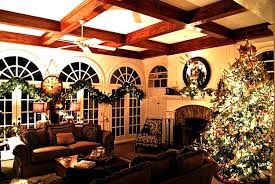 Homes With Christmas Decorations by A House Inspired By The Movie