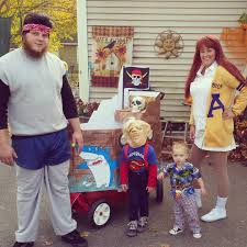 Halloween Costumes For Families by Funny Family Halloween Costumes Popsugar Moms