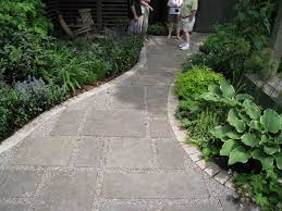 walkway ideas for backyard 32 best pea gravel images on pinterest backyard ideas patio