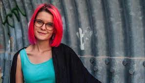 Essay Contest for High School Students Attracts International     Of mfa alumni suzanne mozes earned her desk  per year mfa student at university of the  To teach undergraduate creative writing  The prison writing from the