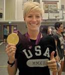 Megan Rapinoe brings the gold home