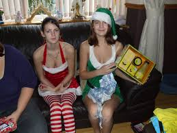 bad  parenting nude mom |Bad parenting nude mom and daughter captions - Nupics.pro