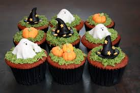 the cake trail halloween red velvet cupcakes