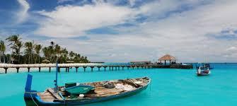 Island Hopping in Maldives – E…