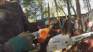 how to adjust the idle on a stihl chainsaw youtube