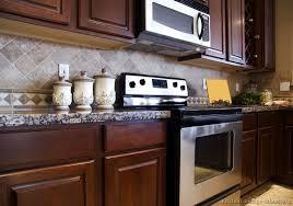 Kitchen Subway Tile Backsplash Blazehomexyz - Kitchen backsplash ideas dark cherry cabinets