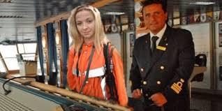 blondynka i kapitan statku
