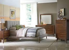 Modern Bedroom Set Dark Wood Mid Century Modern Platform Bed Light Brown Varnished Oak Wood