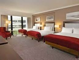 Gatwick Airport Hotels With Family Rooms For Up To  People - Family room hotels london