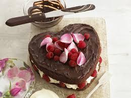 chocolate heart cake annabel karmel