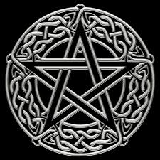Celtic Pentagram / Pentacle by ~chrome-dreaming on deviantART