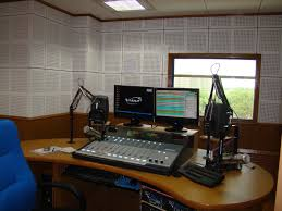 Commercial FM by FMPHASEIII com   Best FM solution provider in     FMPhaseIII com are the leading independent consultant  amp  radio transmission suppliers  From consultancy to installation  maintenance to remote telemetry