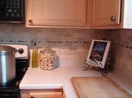 Tiling A Kitchen Backsplash Tutorial Tile Kitchen Back Splash