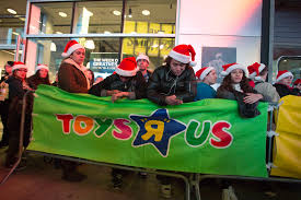 black friday lines target black friday thanksgiving day 2015 target toys r us open money