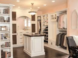 Master Bedroom Designs With Walk In Closet House Design Ideas - Master bedroom closet designs
