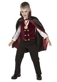 vampire fangs spirit halloween vampire costumes u0026 halloweencostumes com