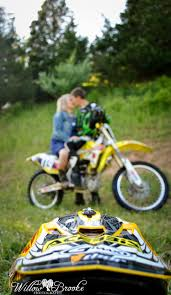 how to ride motocross bike best 25 dirt bike couple ideas on pinterest dirt bike