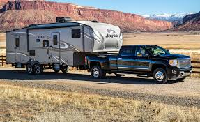 2017 gmc sierra 2500hd 3500hd first drive review car and driver