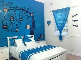 Choosing The Right Wallpaper To Make Beautiful Room Blue Teen - Blue bedroom designs