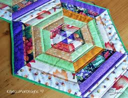 Quilted Table Runners by Quilted Table Runner Hexagon Pattern Pattern On Craftsy Com