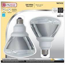 Outdoor Cfl Flood Lights Shop Utilitech 2 Pack 90w Equivalent Soft White Par38 Cfl Light