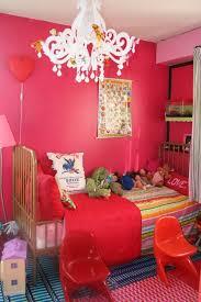 Idées pour une chambre de petite fille ROse  Images?q=tbn:ANd9GcSe_RIgb0bjdOFAcMP-i8gABMGgxJ4OmOmNAaxM-6sPi4rNqO3w