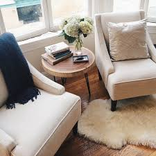 Ideas For Living Room Furniture by Best 20 Small Coffee Table Ideas On Pinterest Diy Tall Desk