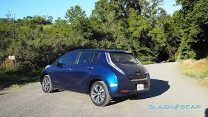 nissan leaf year changes 2016 nissan leaf vs 2016 volkswagen e golf range anxiety slashgear