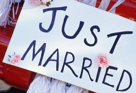 How  Not  To Get A Man Just Married Sign