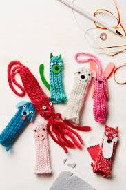 7 easy no knit yarn crafts parents