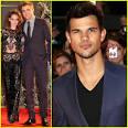 Kristen Stewart & Robert Pattinson: 'Twilight' Breaking Dawn Part ...