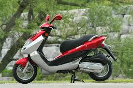 kymco bet u0026 win 150 u0026 250 motor scooter guide