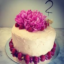 birthday cake talunia vanilla white chocolate raspberry
