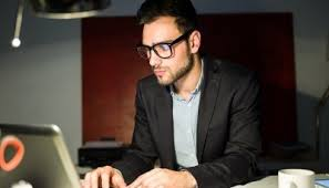 Why should you opt for a Professional Resume Writing Service     Why should you opt for a Professional Resume Writing Service