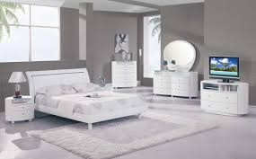 White Shiny Bedroom Furniture Contemporary Bedroom Furniture Cheap The Chic Onda Modern Bedroom