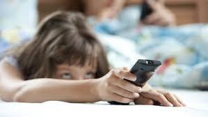 Ter televisão no quarto aumenta o risco de obesidade infantil