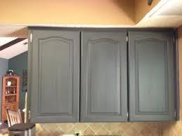 Refinishing Kitchen Cabinets Best 25 Refinish Kitchen Cabinets Ideas Only On Pinterest