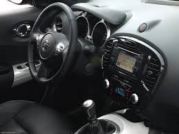 nissan juke white and red nissan juke shiro 2012 pictures information u0026 specs