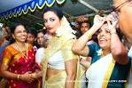 Swetha Menon exposes in her wedding tooo – eXBii