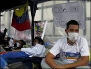 Universitários anti-Chávez fazem acordo e abandonam greve de fome